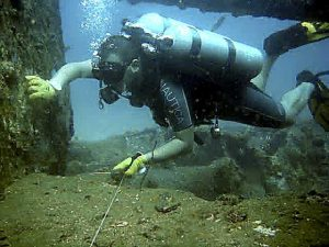 guideline skills wreck diving course techniques zero viz