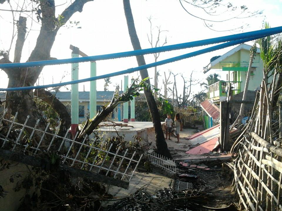 Malapascua philippines typhoon haiyan damage