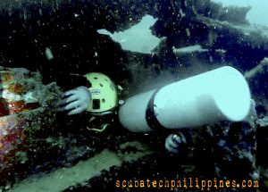 Advanced wreck diving tips penetration
