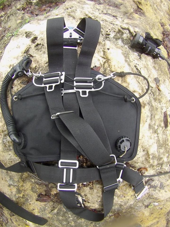 sump uk sidemount v harness