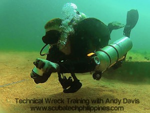 Wreck-Diving-Training-Subic-Bay